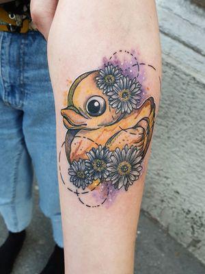 #kuro #kurotrash #tattoo #tattooing #tattoos #tattooed #tattooer #black #blackandwhite #blackwork #blackworkers #ink #inked #darkartists #darkart #onlythedarkest #blackarts #blackink #insta #instaphoto #tattooart #tattooartist #vienna #wien #geometric #geometry #watercolour #watercolor #sketch #tattooist #duck #daisy