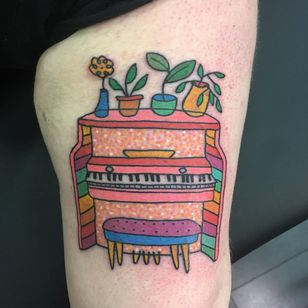 Tattoo by Meg Tuey #MegTuey #InternationalWomensDay #WomensHistoryMonth #femaleartists #femaletattooist #femaletattooartist #empower #support #solidarity #love