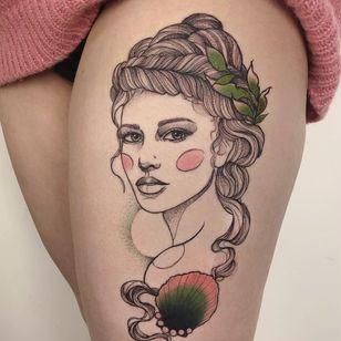 Tattoo by Karolina Skulska #KarolinaSkulska #InternationalWomensDay #WomensHistoryMonth #femaleartists #femaletattooist #femaletattooartist #empower #support #solidarity #love