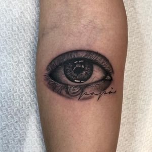 Tattoo by Joe Tartarotti #JoeTartarotti #traditionaltattoo #traditional #Italy #italiantattooartist #blackandgrey #realism #realistic #eye #tear #sadgirl #cry