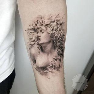 Tattoo by Goldy Z #GoldyZ #InternationalWomensDay #WomensHistoryMonth #femaleartists #femaletattooist #femaletattooartist #empower #support #solidarity #love