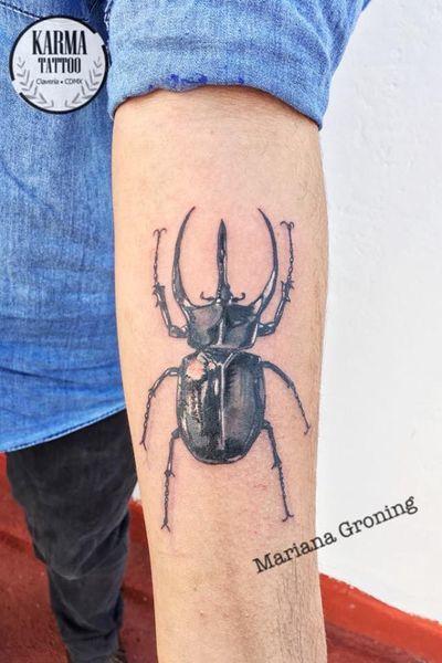 Somos un estudio privado de tatuajes en la Ciudad de México. Nos especializamos en tatuajes a la medida. Si buscas un tatuaje con la mejor calidad, sin que te cueste un ojo de la cara, contáctanos por medio de nuestro sitio web: www.karmainkcollective.com #tattoo #tatuaje #mexicocity #cdmx #claveria #marianagroning #ginazajec #karmatattoo #karmatattoomx #blackwork #tatuajemexico #tatuadora #mexicana #tatuadoramexicana #realism #realistictattoo #realistictattoos #beetletattoo #beetle #escarabajotattoo #greywash