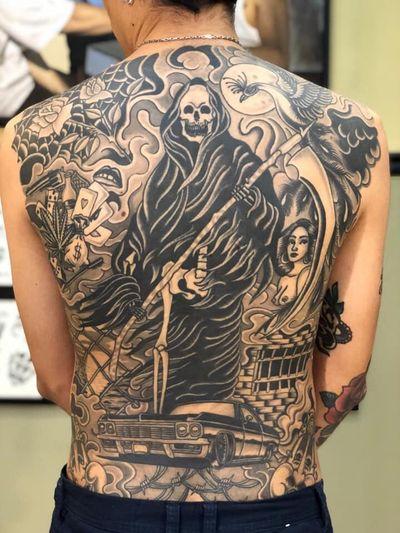 One year healed 👌🏼 #reaper #blackngrey #blackandgrey #cardstattoo #lipstattoo #choloink #inkedup #TattoodoApp #instatattoo #skull #roses #clown #gun #backtattoo #backpiece #backpiecetattoos #buenosaires