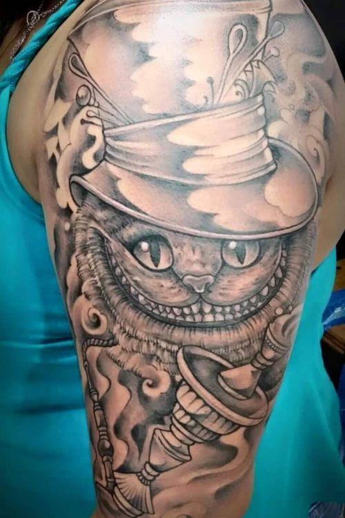 Wonderland #bodymarkings #lovetattoobrasil #bolognatattoo #tattooitalia #bolognacity #bolognaart #tattooexpobologna #olbiatattooshow #neotradeurope #neotradsub #neotrad #tat #chesstattoo #tattooed #tattoo #tattooed #tattoo #wonderlandtattoo