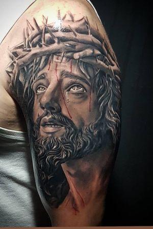 Jesus Cristo #deefreitas #realismo #realistic #thebesttattooartist #JesusChrist #religioustattoo #religious #realism