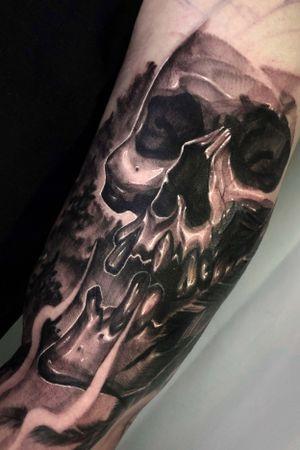 coverup tattoo. progress ... #coverup #skulltattoo #freedrawing