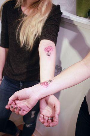 Matching sibling's tattoos 🌸 #art #mbyn #coloursplashtattoo #floral #feminine #girltattooer #canadatattoo #winnipegtattoo
