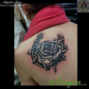 For a passion and for love... In progress... #tattoo #tatuaje #tatouage #rosetattoo #tattoorose #rosestattoo #tatuajederosas #tatuajerosa #rosastatuaje #tatouagerose #tatouageroses #rose #roses #rosa #rosas #horseshoetattoo #tatuajeherradura #tatouageferacheval #tatouagedeferacheval #ferneyvoltaire #tattooferneyvoltaire #tattoodo #tattoolover #tattoolovers