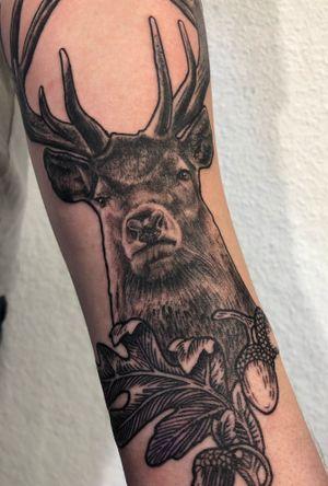 @green_pearl_tattoo #melfortat #braunschweigtattoo #greenpearltattoo #tattoo #tattoos #tttism #ink #inked #bnginksociety #tattoolife #tattoolovers #inkstagram #blackandgreyrealism #tattoooftheday #deer #nature #Braunschweig #tattoodesign #inkjunkeyz @realistic.ink @realistic.tattooos