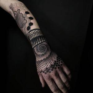 Tattoo by Ash Boss #AshBoss #openbookings #cooltattoos #blackwork #dotwork #sacredgeometry #handtattoo #tribal #neotribal