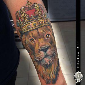 #liontattoo #king #crowntattoo