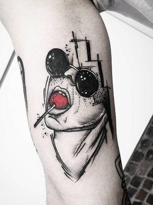 #kuro #kurotrash #tattoo #tattooing #tattoos #tattooed #tattooer #black #blackandwhite #blackwork #blackworkers #ink #inked #darkartists #darkart #onlythedarkest #blackarts #blackink #tattooart #tattooartist #vienna #wien #geometric #geometry #graphicdesign #sketch #tattooist #lollipop #thunder #popart #graphic
