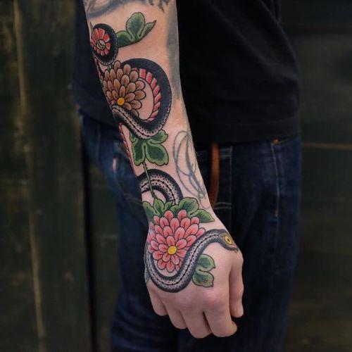 Tattoo by Andrei Vintikov #AndreiVintikov #naturetattoo #nature #animal #plants #environment #flower #snake #reptile #floral #leaves