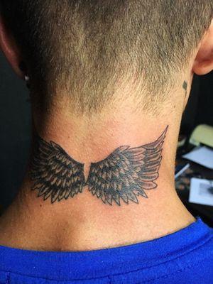 #blackandgrey #pretoecinza #asas #tattooapprentice