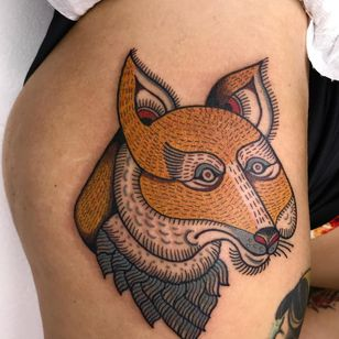 Tattoo by Alfredo Guarracino #AlfredoGuarracino #naturetattoo #nature #animal #plants #environment #fox #folktraditional