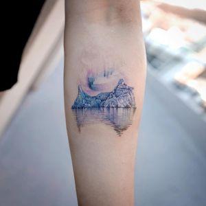 Tattoo by Sol Tattoo #SolTattoo #Sol #naturetattoo #nature #animal #plants #environment #ice #iceberg #snow #cold #alaska #reflection #auroraborealis