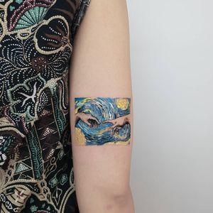 #starrynight #creationofadam #tattoo #painting #minimal #minimaltattoo #hakanadik