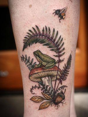 Tattoo by Alice Kendall of Wonderland PDX #AliceKendall #Wonderland #Portland #color #nature #biological #flower #floral #plant #plantlife #ecology #biologicalillustration #illustrative #botanicalillustration