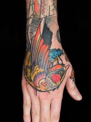 #elschwino #tattoo #tat #ink #inked #sketch #drawing #color #graphictattoo #graphicdesign #illustration #instatattoo #instagood #color #TAOT #tattooistartmag #tattooistartmagazine #thebesttattooartists #graphic #tattoosnob @germantattooers @feelfarbig @tattoo.workers @tatowiermagazin @tattooculturemag @tattooculturemagazine @tattrx @tattooistartmag @skinart_mag @skinart_healed @txttoo @txttooing @theartoftattooingofficial @thebesttattooartists @tattoosnob @tattoofest_mag @tattoomobile @tattoosnob @goldschwein_tattooatelier #blablabla