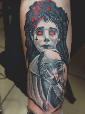 Puppet boy and his mask #tattoo #ink #tattooaveiro #tatuagem #panchopastelgreyset #blackandgreytattoos #blackandgrey #pastelgreyset #worldfamousink #eikonsymbeos #symbeosrotary #critical #criticaltattooequipment #kwadronneedles #kwadron #tatuagememportugal