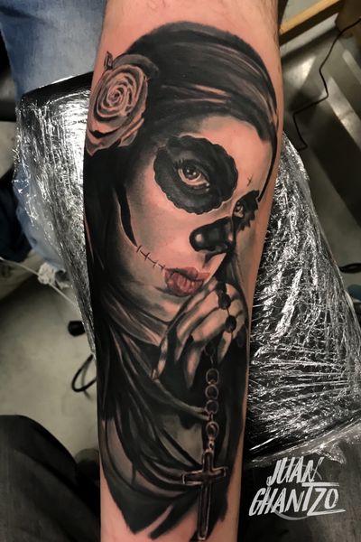 #tattooartist #spnttt #bcnttt #thebesttattooartists #tattoorealistic #tatuajes #tattoo #tattooart #inklife #inked #ink #tattooculture #tattoodo #tattoolife #inkedmag #tattoolifemag #inkedup #tattooistartmag #radtattoos #barcelonatattoo #tattoooftheday #skinartmag #tattoosocial #catrinetattoo #spaintattooartist #spanishrealistictattoos #tattoo_spain #spaintattoo #catrina