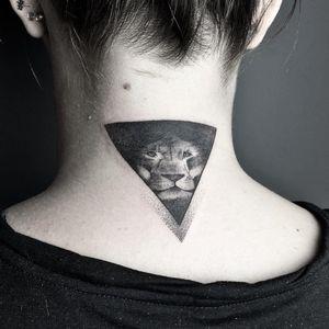 Tattoo by Vamos Norbert #VamosNorbert  #coveruptattoos #coveruptattoo #coverup #tattoocoverup #scarcoverup #lion #junglecat