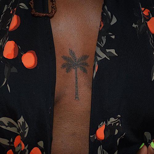 Tattoo by Paola Pokes #PaolaPokes #TannParker #InktheDiaspora #palmtree #qpocttt #poctattoo #qpoctattoo #brownskin #blackskin #empower #visibility #tattoocommunity