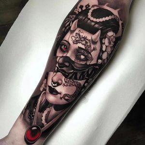Tattoo by Cristian Casas #CristianCasas #darkarttattoos #darkart #illustrative #horror #darkness #demons #devils #ghosts #evil #ladyhead #lady #dragon #flower #hannya