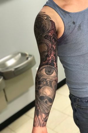 Black and grey sleeve