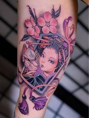 Tattoo by Hori Benny #HoriBenny #tattoodoapp #tattoodoappartist #tattooartist #tattooart #tattoodoappspotlight #oiran #kitsune #Japanese #fox #cherryblossom #geisha #cute #color