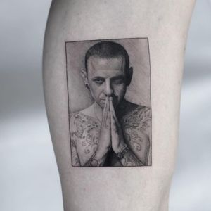 #chester #ChesterBennington #LinkinParkBrasil #LinkinPark #lp #linkinparktattoo #musictattoo #idol #singer #goat #tattoo #tattooed #blackandgrey #rip #rock #rockstar #art #ink