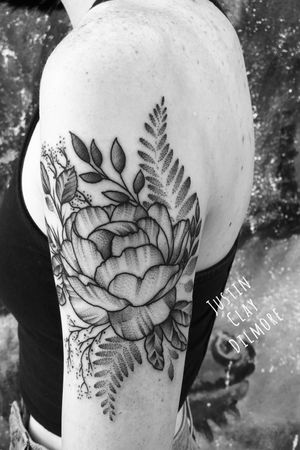 #justinclaydilmore #sandiego #sandiegotattooartist #flower #flowers #flowertattoo #floral #floraltattoo #nature #naturetattoo #dotwork #dotworktattoo #leaves #blackwork #blackworker #blackworkers #blackworktattoo #tattooartist #tattooart #tattoo #tattoooftheday #ink #inked