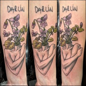 Bust and violets . . . .#busttattoo #tattooartistfromCT #tattoofromhell #customtattoo #darkart #artist #tattooartistfromCT #tatuajesenCt #MannyTattooArtist #ManuelCruzTattooArtist #S8TANtattoo #skulltattoo #darkimagery #darkarts #blackarktattoo #blackworktattoo #customtattoo #darkart #artist #tattooartistfromCT #tatuajesenCt #tattooartist #CTtattoo