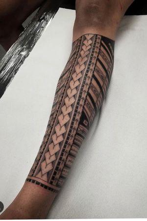 Polynesian half leg sleeve, done in 4 hours