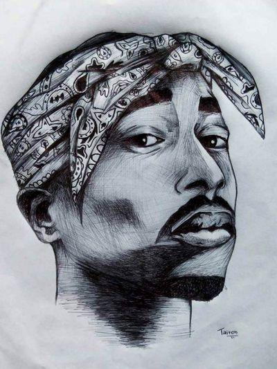 #Tupac #2pac #hiphop #90s #rapper #music #blackandgrey #realism #portrait