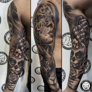 Realistic Black & Grey full arm sleeve tattoo. #realismsleeve #realistic #realism #chicano #chicanos #sleeve #armsleeve #fullsleeve #blackandgrey #blackandgreytattoo #realistictattoo