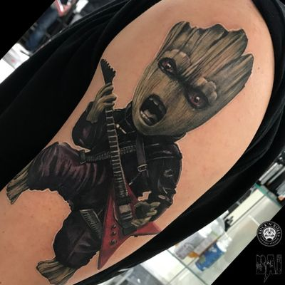 #marvel l#guitar#v#guardiansofthegalaxy#iam#groot#tattoo #ink#color#inked #tattooist #tattooartist#art #photo #blackandgray #contrast #face #dark #realism #rafalbaj#blackandgray #graywash #forearmtattoo #armtattoo#poland #katowice #dabrowagornicza #rockandrolltattoo