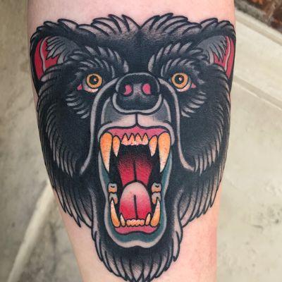 By Kurt Marlow. #tradtattoos #tradtattoos_rtw #traditionaltattoo #traditionaltattoos #traditionalart #tattooed #tattoosofinstagram #tattooart #tattoolovers #beartattoo #bear #animaltattoo