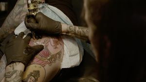 Small Paul tattooing #SmallPaul #MusinkFest #Musink #musicfestival #tattooconvention #TravisBarker