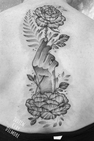 #justinclaydilmore #sandiego #sandiegotattooartist #neotraditional #neotrad #traditional #traditionaltattoo #dotwork #dotworktattoo #flower #flowers #flowertattoo #floral #floraltattoo #nature #naturetattoo #blackwork #blackworktattoo #blackamdgreytattoo #blackandgrey #tattooartist #tattooart #ink #inked
