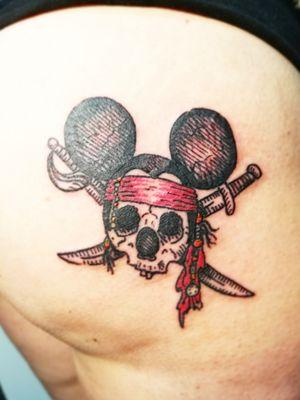 Mickey pirata tattoo