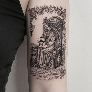 Tattoo by Josef Batar #JosefBatar #landscapetattoos #landscape #world #land #world #earth #environment #illustrative #throne #mountains #rabbit #flowers #star #crown