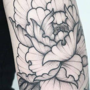 Tattoo by Sebastian Wludarz #SebastianWludarz #dotworktattoos #dotwork #stippling #dots #illustrative #blackwork #flower