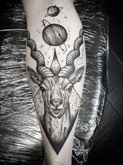 #kuro #kurotrash #tattoo #tattooing #tattoos #tattooed #tattooer #black #blackandwhite #blackwork #blackworkers #ink #inked #darkartists #darkart #savannah #onlythedarkest #blackarts #blackink #space #geometric #geometry #tattooart #tattooartist #vienna #wien #planet #dotwork #deer #animal