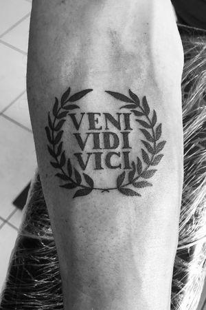 Veni Vidi Vici, Julius Caesar #blackwork #blackandgray #linework #venividivici #armtattoo