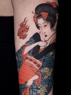 Tattoo by Haku #Haku #illustrative #neojapanese #japanese #koreanartist #japaneseinspired #geisha #fire #pattern #kimono #flowers #floral