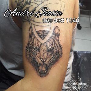 #tiger #blackandgray #realism #wildlife #tattoo #andre_jooste_tattoo #andre_jooste #lefthandtattoo #studio1 #ink #inked #inklife #inkstagram #vetastudios #tattoosocietyafrica #southafricantattoo I'm using: @bodygraphicstattoosupplysa @rrdtattoosupplies @moog_machines_ @lefthandtattooaftercare @criticaltattoosupply @fusion_ink