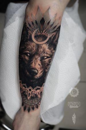 Thanks Artjom! One full day and piece is done 🤘 For consultations and bookings DM or email: saint.wandal@gmail.com Sponsored by @yayofamilia Done using @fusion_ink , @fkirons , @cheyenne_tattooequipment , @piranhatattoosupplies , @barberdtssupplies & @killerinktattoo #radtattoos #killerink #londontatt #superbtattoos #tattoorealistic #inkig #tattoosnob #tattooworld #wandaltattoo #tattooeurope #inkjunkeyz #wolftattoo #wolf #moon #london #londontattooist #denmark #copenhagen #sweden #helsingborg #killerink #yayofamilia #blackandgray #русскийлондон #татуировка #тату #лондон #волк