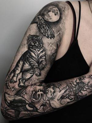 Instagram: @olga_tattoos E-mail: Olgamdtattoos@gmail.com #london#londontattoos#shoreditch#customdesign#customtattoos#bw#blackink#blscktattoos#tattoo#tattoos#tattooed#tattooers#blackwork#blackink#blackworkers#blackworkers_tattoo#ttt#tttism#ldnttt#london#ink#londontattoos#uktattooers#blacktattoos#blackandgrey#blackandgreytattoos#realistictattoo#art#blackandgreytattoos#dream#nightsky#stars#animals#tiger