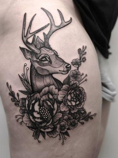 Instagram: @olga_tattoos E-mail: Olgamdtattoos@gmail.com #london#londontattoos#shoreditch#customdesign#customtattoos#bw#blackink#blscktattoos#tattoo#tattoos#tattooed#tattooers#blackwork#blackink#blackworkers#blackworkers_tattoo#ttt#tttism#ldnttt#london#ink#londontattoos#uktattooers#blacktattoos#blackandgrey#blackandgreytattoos#realistictattoo#art#blackandgreytattoos#deer#deertattoo#stag#flowers